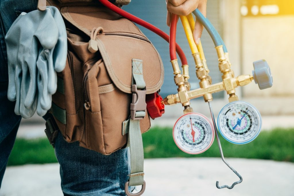 How a Maintenance Contract Can Save You Money on Heating & Cooling